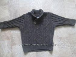 тёплый стильный свитер 68 размер