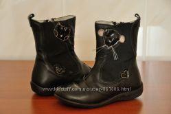 Демисезонные кожаные сапожки Primigi, по стельке 15, 5 см