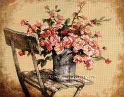 Набор для вышивания крестом Dimensions 35187 Roses on White Chair
