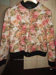 Стильная курточка Zara, размер L, отличное состояние