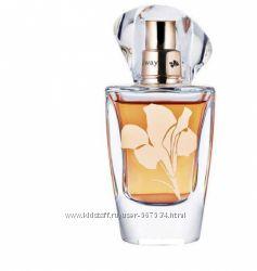 Продам парфюмерную воду In Bloom Avon, 30ml