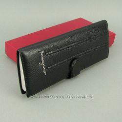Визитница 80 шт. кожаная женская черная-красная Salvatore Ferragamo 4387