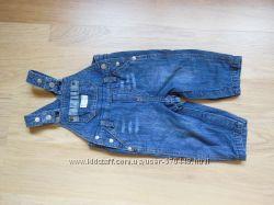 продам джинсовый комбинезон CHICCO р. 062-074