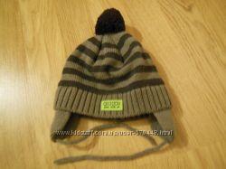 Продам зимнюю шапочку CHICCO для самых маленьких