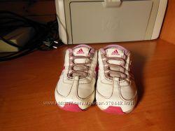 Продам кроссовочки для девочки ADIDAS р. 23 м