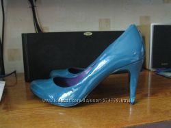 КРЫМ. Красивые лаковые туфли 40 размер