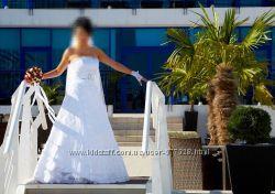 Продам белое платье 44-46 наш