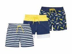 Плавки шорты для мальчика от немецкого бренда Lupilu