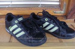 Кросівки Adidas Neo оригінал 31, 5р.