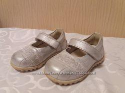 Туфлі Primigi 12. 5см ідеальний стан