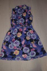 Новое яркое платье в цветочный принт