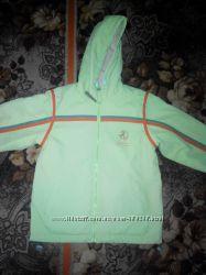 Курточка-ветровка для мальчика Coccobello 122р.