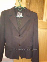стильный пиджак BGN р. 40