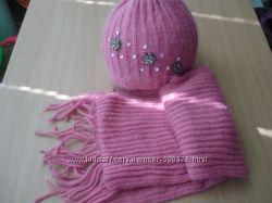 Продам комплект шапку  шарфик