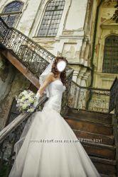 Продам свадебное платье оригинального фасона