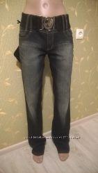 джинсы новые с поясом. Распродажа. Найдите дешевле