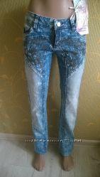 джинсы с вышивкой. Распродажа В наличии 5 размеров