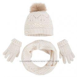 комлект шапка шарф перчатки испания Mayoral