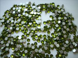 Продам стеклянные цветные стразы Olivine ss3, ss5, ss8
