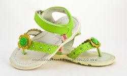 босоножки для девочек Kickers POLA