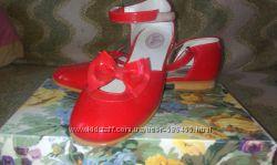 новые классные туфли кожа