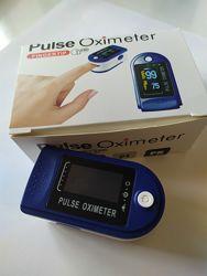 Пульсоксиметр на палец. Для измерения пульса и кислорода в крови