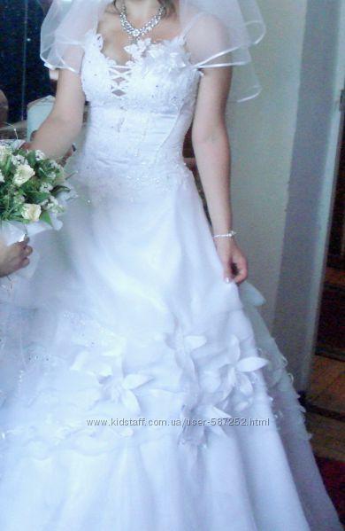 Вишукана весільна сукня для найчарівнішої нареченої прокат свадебное платье