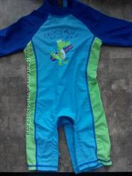 Солнцезащитный костюм для плаванья
