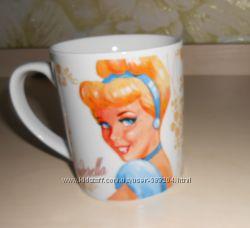Чашка с Белоснежкой и Золушкой