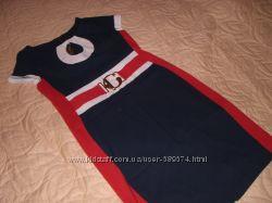Деловое нарядное оригинальное платье р. 50 ХХЛ стройнит