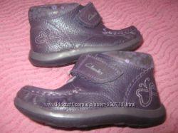 ботиночки Clarks р. 5F