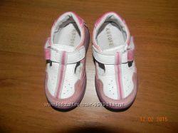 Продам детские туфильки