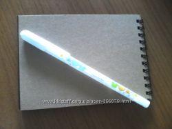 Белая гелевая ручка