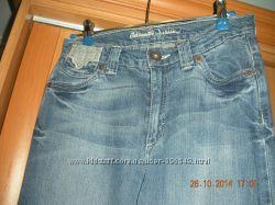 Классические джинсы в отличном состоянии р. 8-10