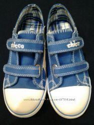 Кеды  CHICCO оригинал р. 33 джинсовый цвет новые