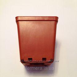 Горшок квадратный для растений 2 литра