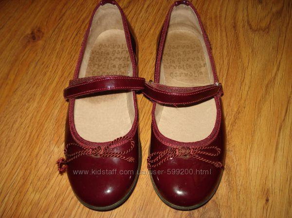 Туфли для девочек Garvalin. Размер 35