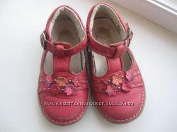 Кожаные мягусенькие туфли NOEL, размер 23