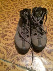 Продам ботинки Nike