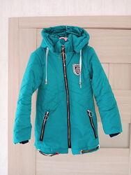 Курточка на холодную весну-осень на 7-9 лет