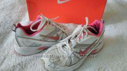 Кроссовки Nike размер 37-38 Оригинал.