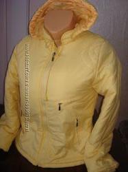 молодежная женская курточка