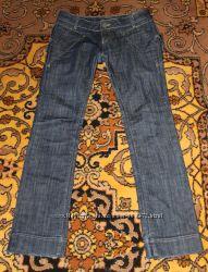 Женские джинсы в идеальном сост, плотный джинс, заниженная талия 27 размер