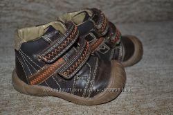 Демисезонные ботиночки на малыша Mothercare р. 20, 5
