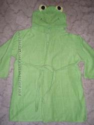 Продам халатик детский лягушка