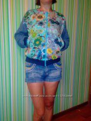 Модный джинсовый бомбер