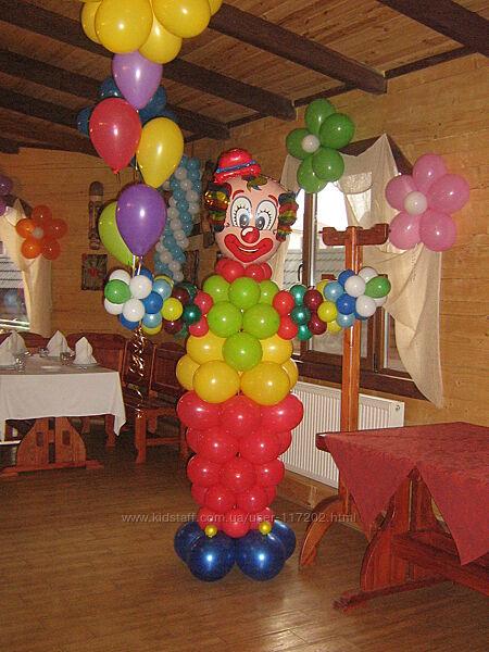 Воздушные шары на Новый год Киев, оформление новогодних корпоративов.