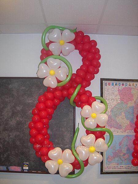 Воздушные шарики на 8 марта, цветы и букеты из воздушных шаров на 8 марта.