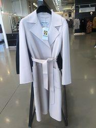 Белое пальто Max Mara  оригинал