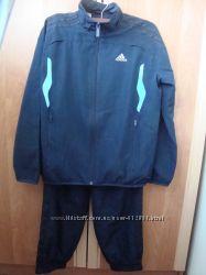 спортивный костюм Adidas 140р. оригинал
